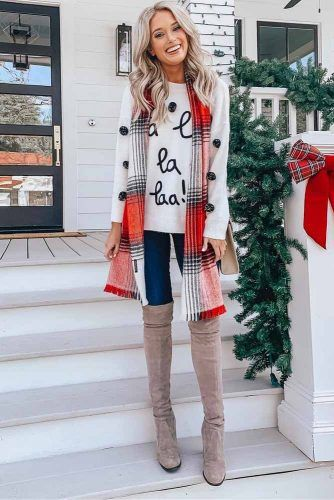 Holiday Outfit With Plaid Scarf #sweater #scarf