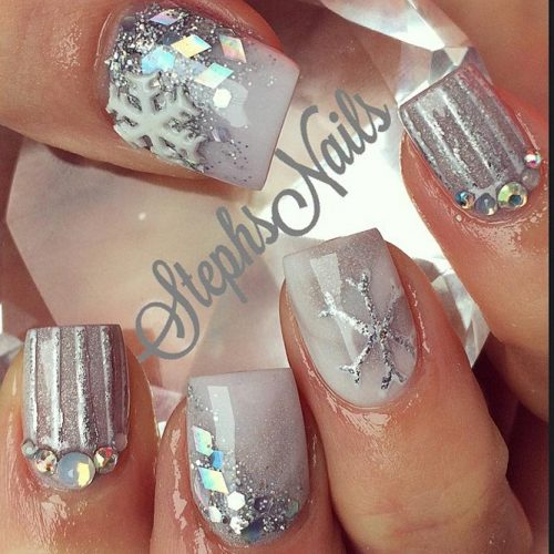 Amazing Shimmering Winter Nails picture 1