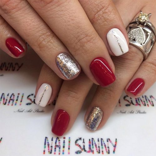 Glitter Winter Nail Ideas picture 3