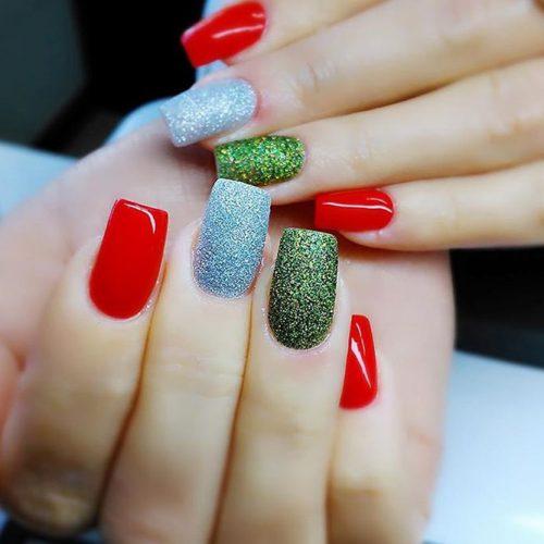 Glitter Winter Nail Ideas picture 5