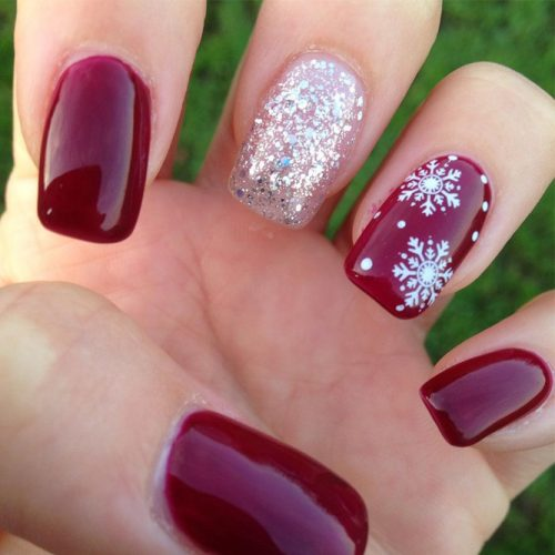 Glitter Winter Nail Ideas picture 6