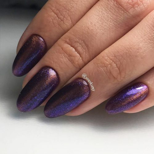 Amazing Galaxy Nails Ideas for Winter Picture 5