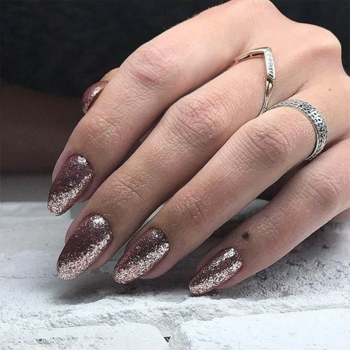 Amazing Shimmering Winter Nails Picture 5