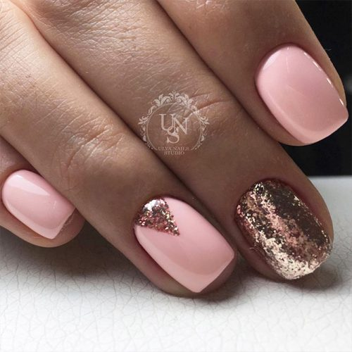 Cute Winter Nails in Pink Shades Picture 4