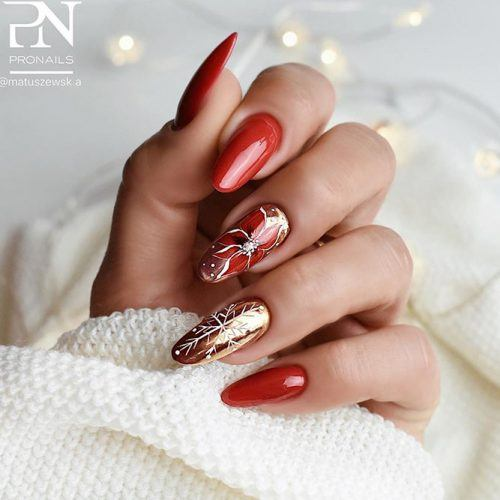 Red Poinsettia Nail Art For Winter Holidays #rednails #holidaysnails