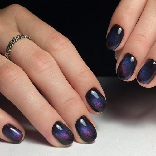 Amazing Galaxy Nails Ideas for Winter Picture 3