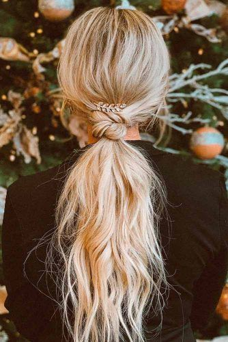 Knotted Ponytail #blondehair #lowponytail