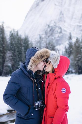 30 Romantic Winter Date Ideas to Try This Year