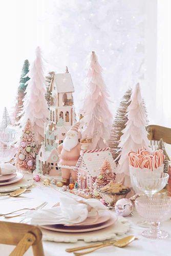 Wonderland Centerpiece Idea #santa #christmastrees