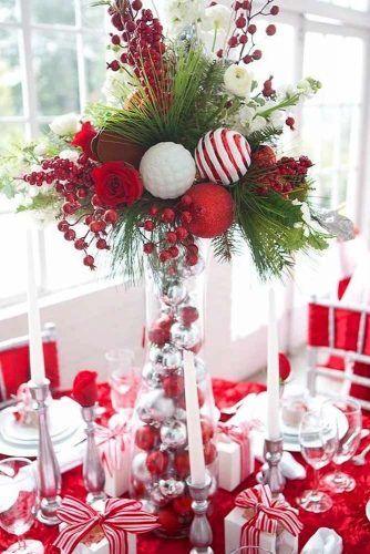 Festive Vase Centerpiece Idea #vasecenterpiece