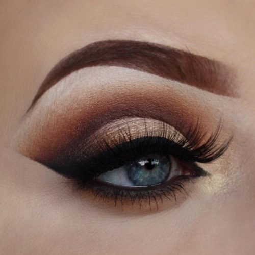 Hooded Eyelids with Smokey Makeup picture3