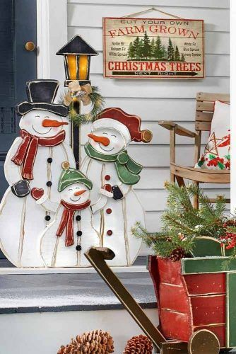 Wooden Outdoor Snowmen #snowmen