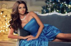 26 Luxury Christmas Dresses That Will Blow Your Mind