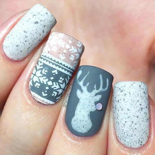 Beautiful Holiday Nail Arts Picture 2