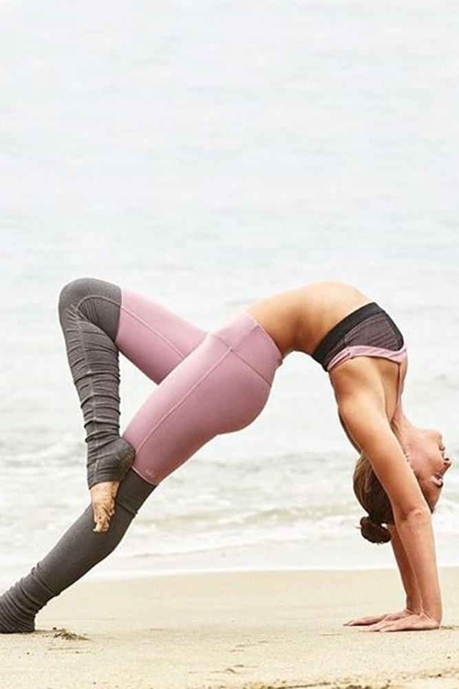 Yoga Poses to Limber Us Up Before Hump Day