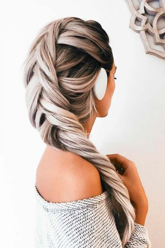 Easy and Chic Hairstyles for Long Hair picture 4