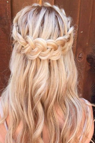 Romantic Hairstyles for Long Hair picture 1