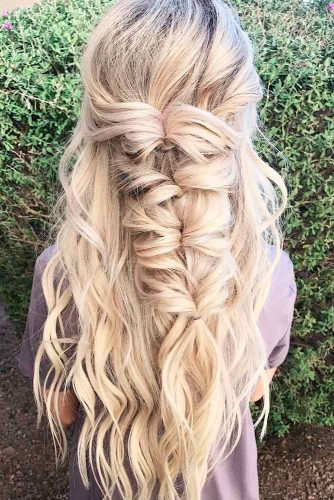 Romantic Hairstyles for Long Hair picture 4