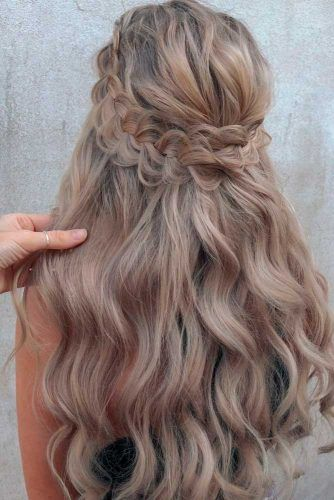 Braided Hal-Up Hairstyle #braidedhairstyles #longhairstyles