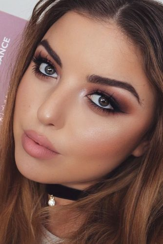 Easy Romantic Makeup Ideas picture2