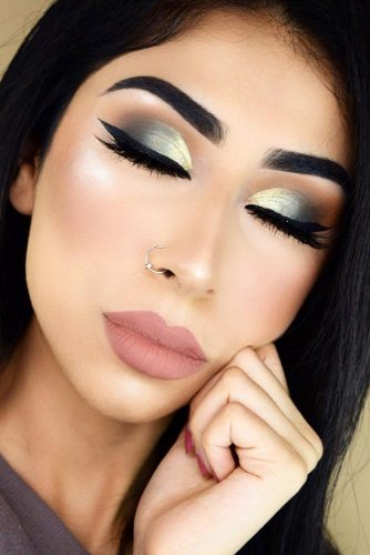 Fresh Day to Night Makeup Looks picture 6