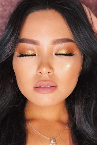 Gold Glitter Shadow With Pink Lipstick Makeup #pinklips