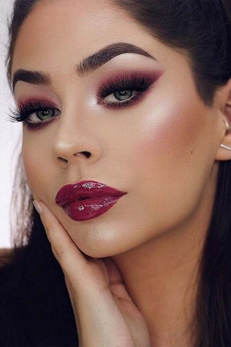 Makeup Idea In Soft Burgundy Color #lipgloss #smokey