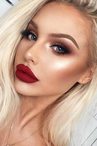 Fresh Day to Night Makeup Looks picture 5