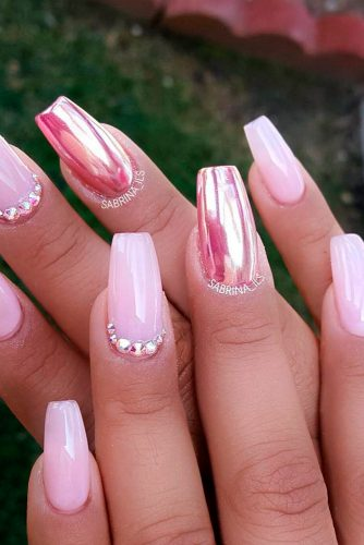 Eye-Catching Pink Nails Designs picture 1