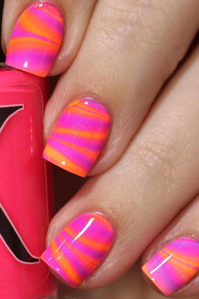 Fantastic Watermarble Nails Design picture 2