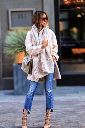 Winter Outfits with Scarves picture 2