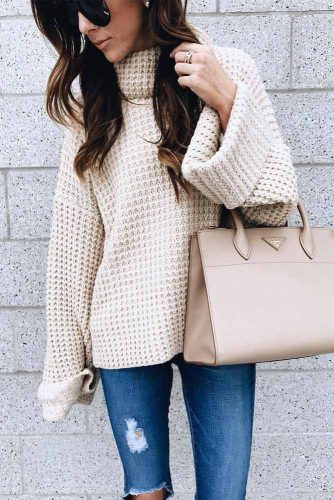 Cozy Outfit Ideas with Sweaters picture 2
