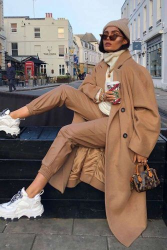 Casual Winter Outfit With Coat #pants #sneakers