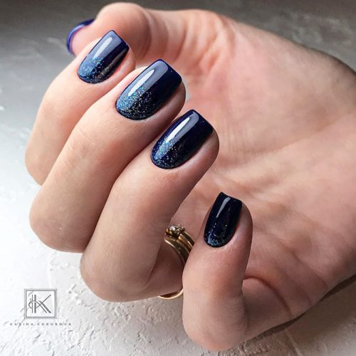 Gradient Nails Design for Winter Picture 3