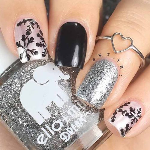 Cool Black Snowflakes Nail Designs #silvernails #glitternails #blacknails