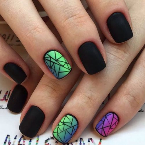 Patterned Winter Nail Designs picture 6