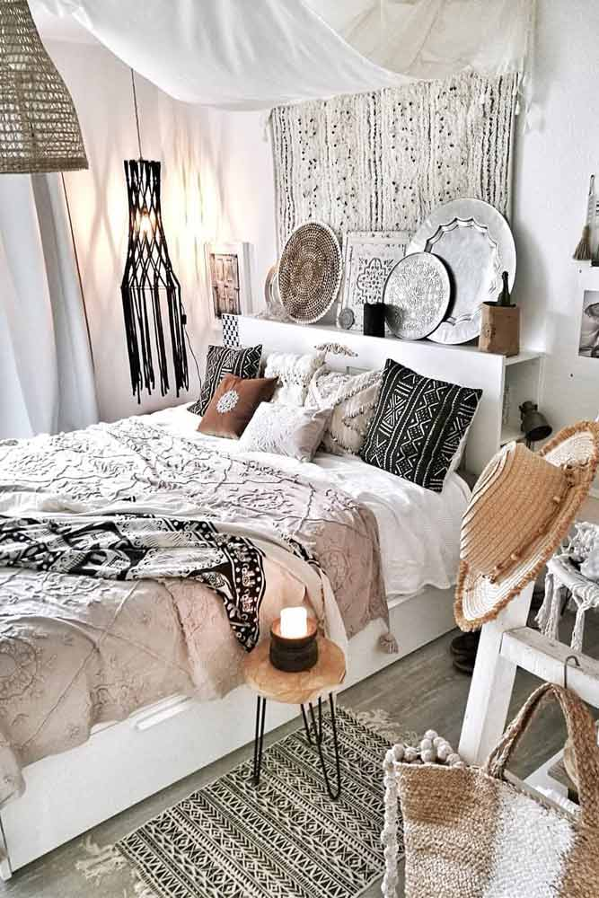 Bohemian Bedroom With Patterned Plates #patternedplates #pillows