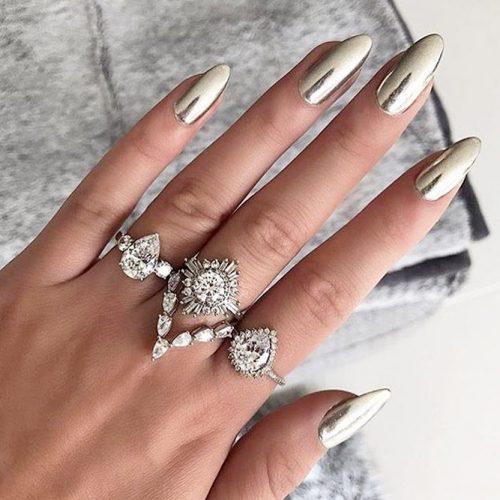 Hottest Chrome Nails Design picture1