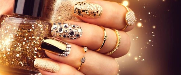 18 Chrome Nails Design - The Newest Manicure Trend