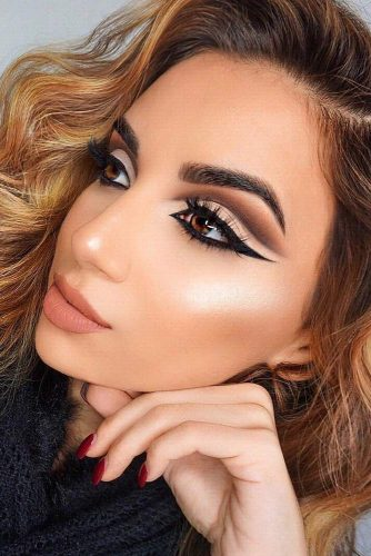 Pretty Cut Crease Makeup Ideas picture 5