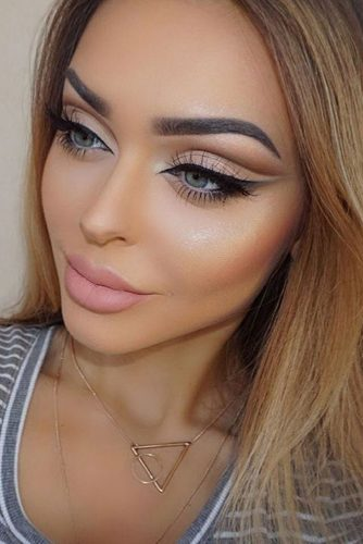 Pretty Cut Crease Makeup Ideas picture 3