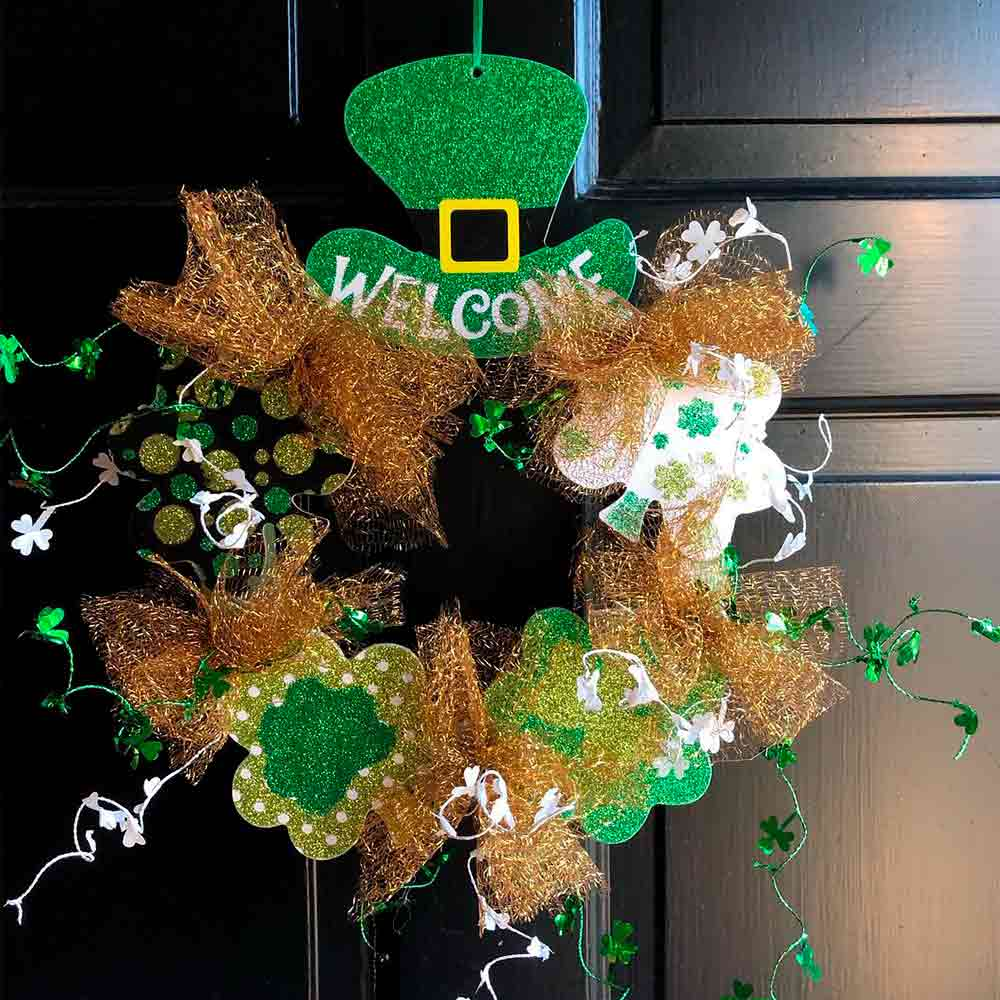 St. Patrick's Hat Door Decor #stpatrickhat