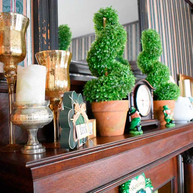 Green Fireplace Decor #homedecor #fireplacedecor