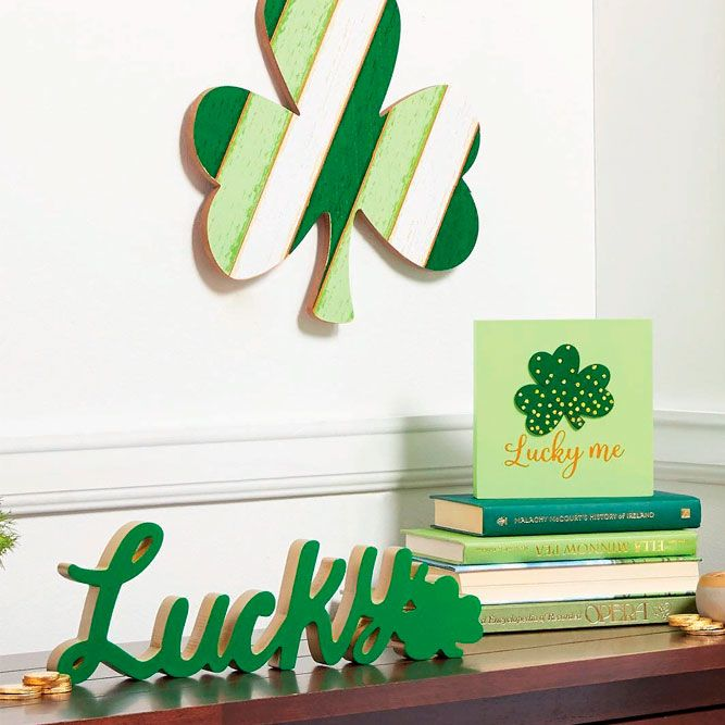 Lucky Home decor #greenhomedecor #books