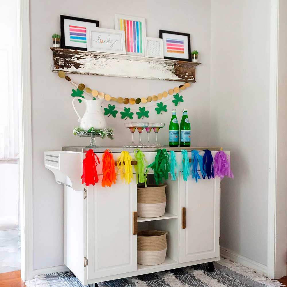 DIY Rainbow Garland #rainbow #rainbowdecor