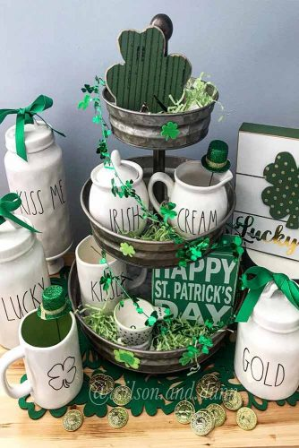 St Patricks Day Decoration For Your Holiday Table Picture 2