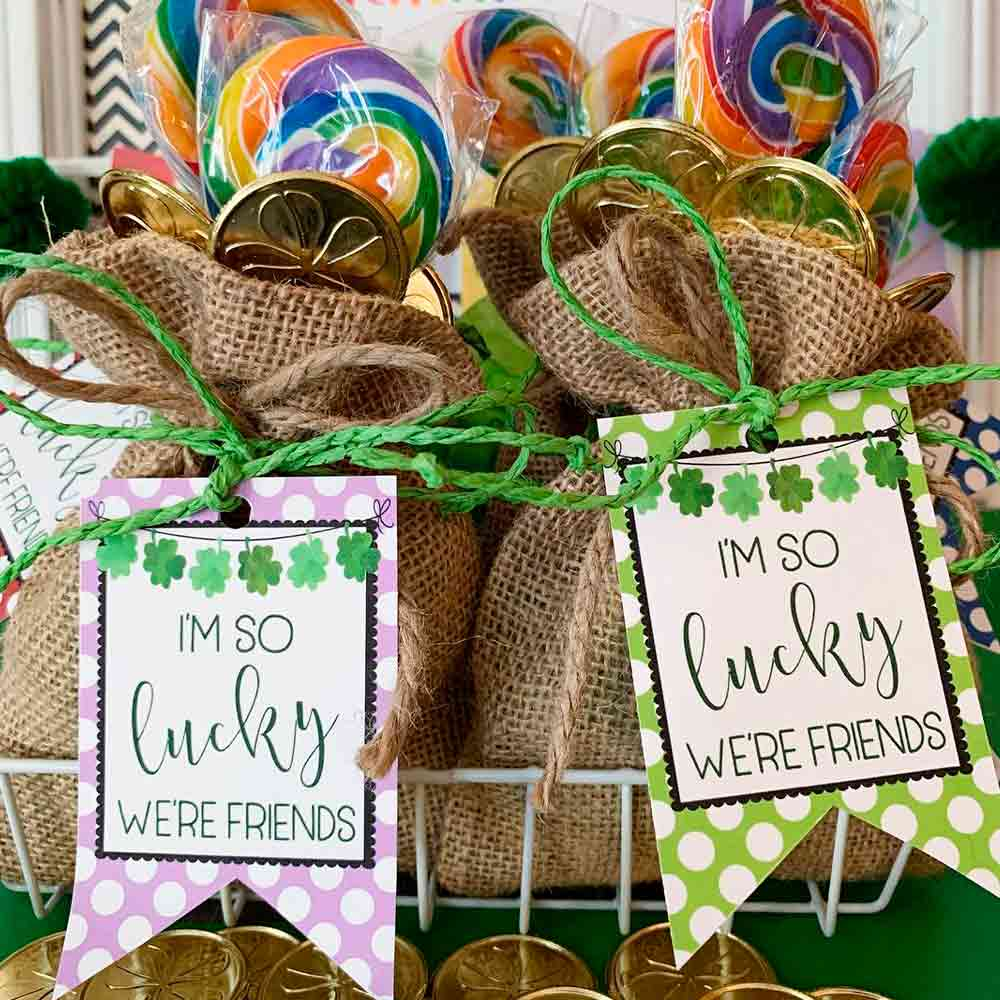 Little Tags For Gifts #tags #gifts