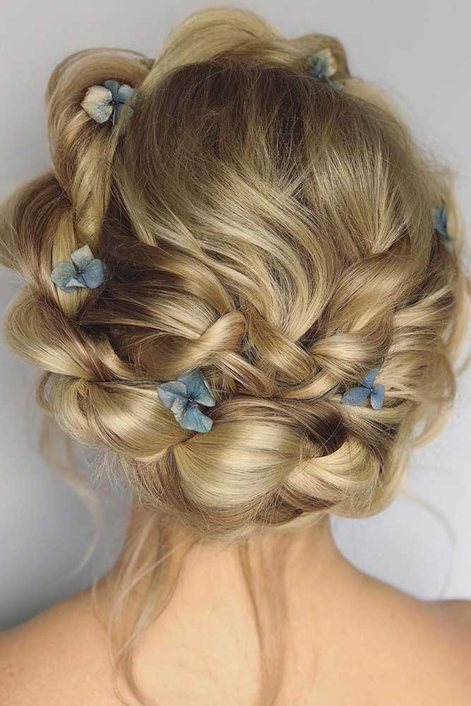Crowned Braid With Flowers #crownedhairstyles #flowershairstyles