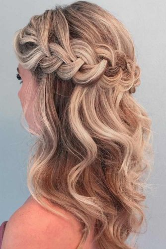 Half-Updo Hairstyles For Medium Hair picture1