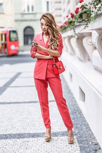 Outfits to Keep You Cool in the Office picture 2